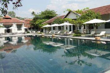 Amantaka Luang Prabang pool