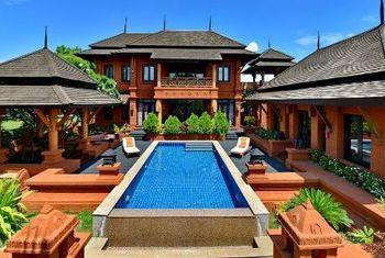 Aureum Palace Resort Bagan private pool