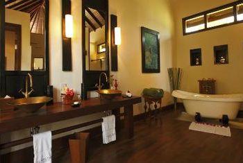 Aureum Palace Resort Bagan in the bathroom