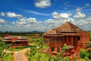 Aureum Palace Resort Bagan villa