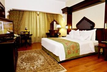 Arabian Courtyard Hotel - UAEs bedroom