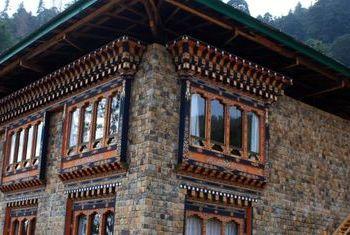 Dewachen Hotel exterior