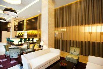 Hotel De L' Opera living room