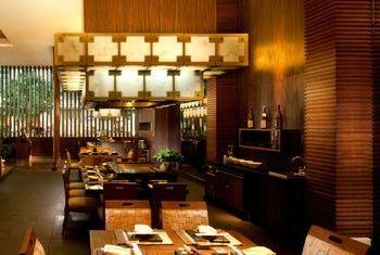 Novotel Bangkok Suvarnabhumi Airport Hotel dinner
