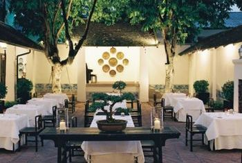 Rachamankha Hotel, Chiang Mai Outdoor Dinning