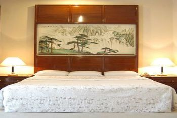 Earl's Regency Kandy bedroom 2