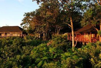 Popa Mountain Resort Bagan garden