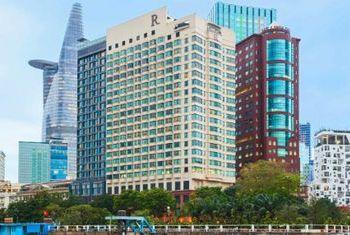 Renaissance Riverside Hotel Saigon building