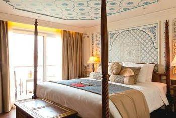Jahan Cruises Bed