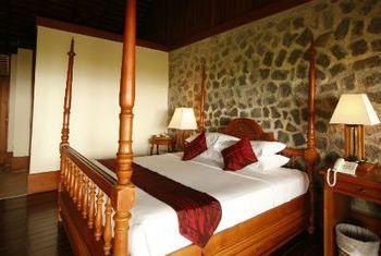 Popa Mountain Resort Bagan Bed