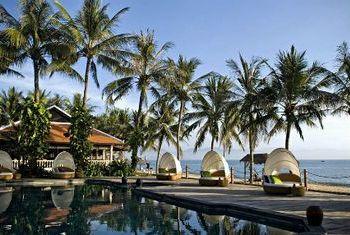 Evason Ana Mandara Nha Trang pool 2