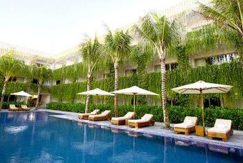 Naman Retreat relaxing at the Pool