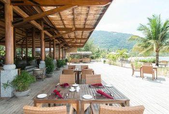 An Lam Ninh Van Bay Villas Dining Area