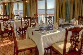 Jahan Cruises Restaurant 2