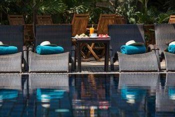 Heritage Suites Siem Reap pool