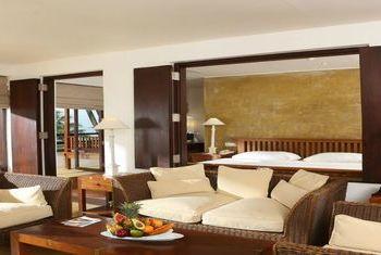 Jetwing Beach Negombo bedroom