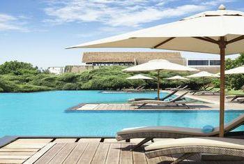 Jetwing Yala pool