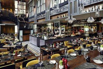 Sofitel Saigon Plaza Hotel Restaurant 1