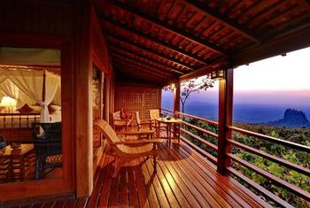 Popa Mountain Resort Bagan balcony