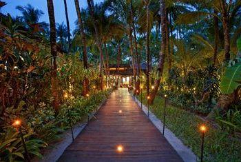 Sandoway Resort Ngapali Beach path