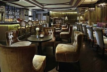Sofitel Saigon Plaza Hotel Bar
