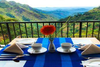 Mountain Heavens Hotel Ella Balcony