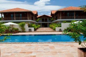 Bambu Battambang Hotel pool