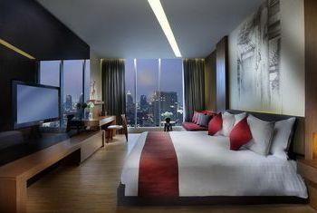 Hotel SO Sofitel Bangkok Facilities in the Room 3