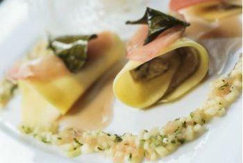 Ngoc Lan Hotel Food 1