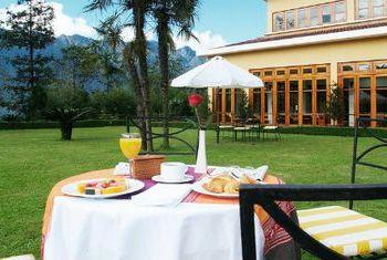 Victoria Sapa Resort and Spa  Outdoor eating