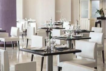 Ngoc Lan Hotel Restaurant 1