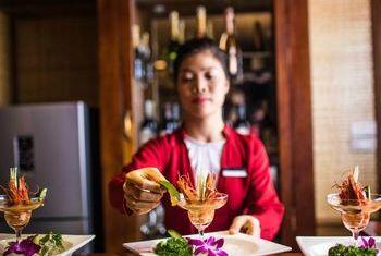 Bhaya Cruise Food 1