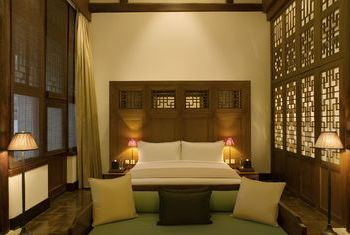 Aman Summer Palace Beijing bed room