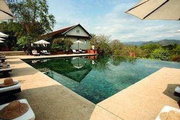 Belmond La Residence Phouvao pool