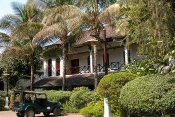 Belmond La Residence Phouvao outside