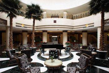 Beijing Qianmen Jianguo Hotel main room