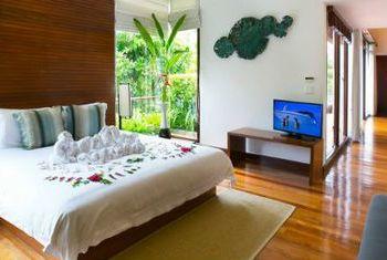 The Sarojin Bedroom