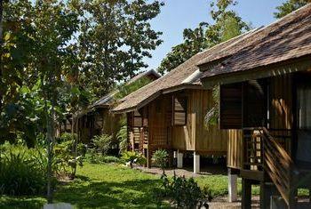 La Folie Lodge wooden house