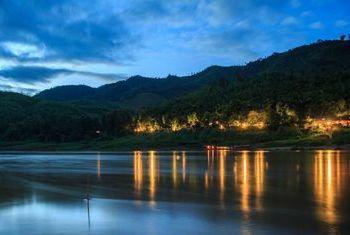 Luang Say Lodge river