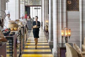 Mandarin Oriental - Macau In the Hotel
