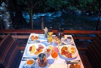Nam Kat Yorla Pa Dinning