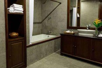 Riverside Boutique Resort Bathroom