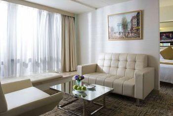 Regal Oriental Hotel in the room