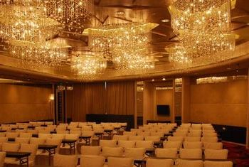 Renaissance Shanghai Yu Garden Hotel main hall