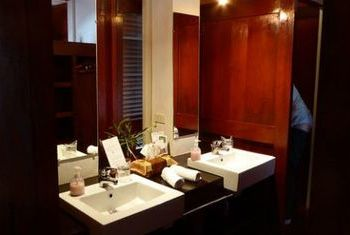 Sanctuary Pakbeng Lodge Bathroom