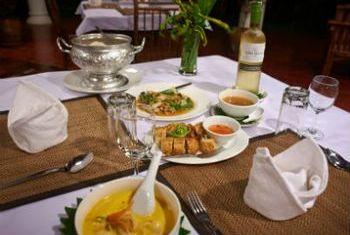 Sanctuary Pakbeng Lodge Food 2
