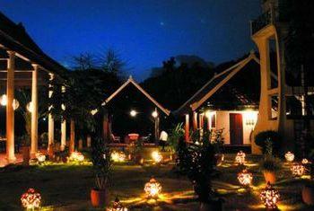 Sanctuary Pakbeng Lodge at night