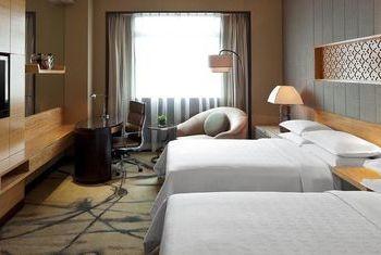 Sheraton Xian Hotel Room