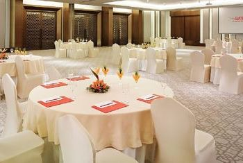 Taj Gateway Varanasi - India Restaurant 2