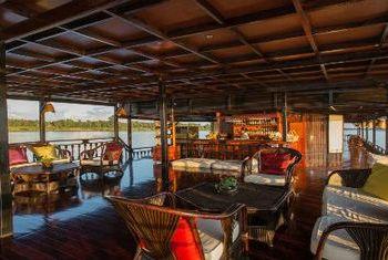 Vat Phou Cruise room